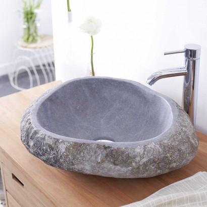 Ein eleganten Waschbecken aus Naturstein für meinen Badezimmer